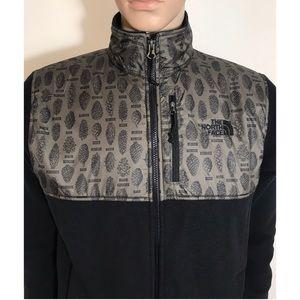 4fb60ce4b7c4 The North Face Jackets   Coats - The North Face Men s 300 Tundra Full Zip  Fleece